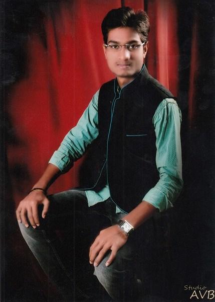 mayur khandagale