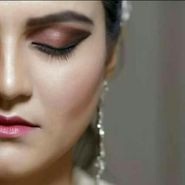 Mahera khan