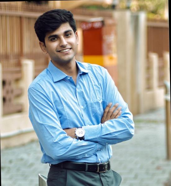 Akshay Paruthi