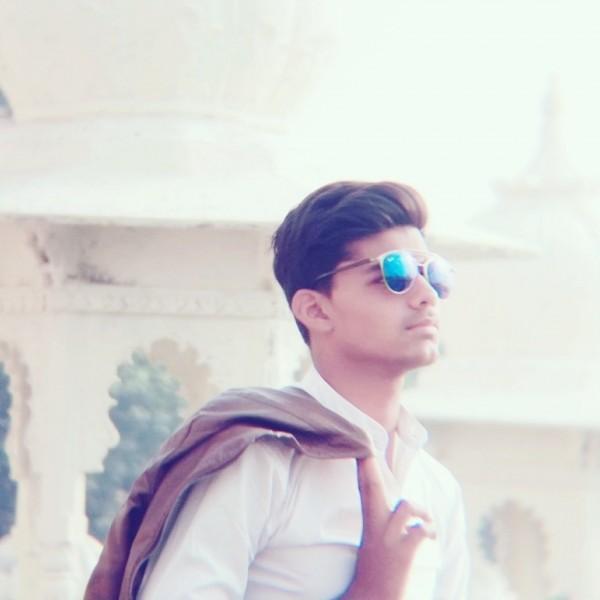 Shan Gayari