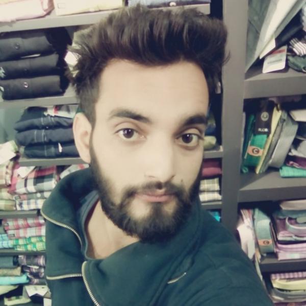 Vivek bhardwaj