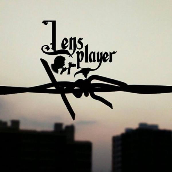 lens player