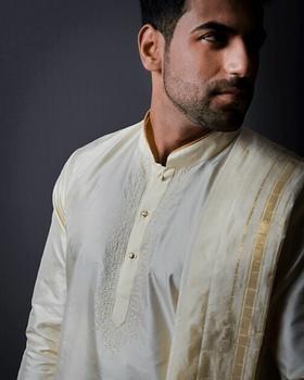 Adil Nabi portfolio image57