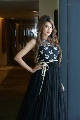 Sonali Gupta portfolio image32