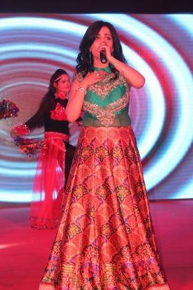 Shibani Kashyap portfolio image10