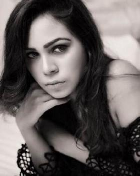 Nisha Khan  portfolio image4