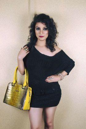 Hina khan portfolio image8