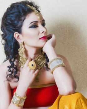 Hina khan portfolio image3