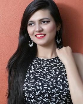 Mahera khan portfolio image1
