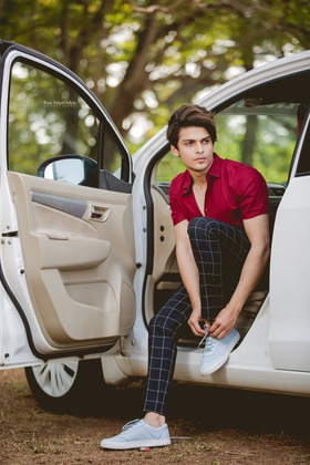 Mayank Sharma portfolio image116