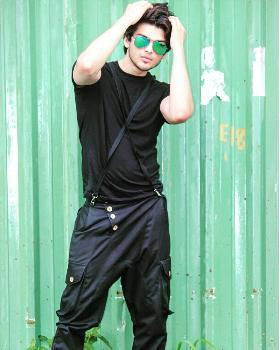 Mayank Sharma portfolio image46