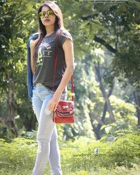 Anjjali Rai portfolio image38
