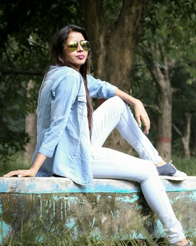 Anjjali Rai portfolio image35