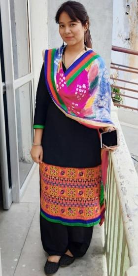 Esha Rehman portfolio image12