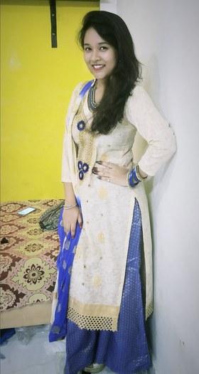 Esha Rehman portfolio image9