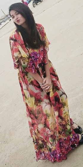 Esha Rehman portfolio image5