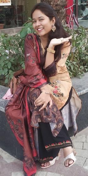 Esha Rehman portfolio image2