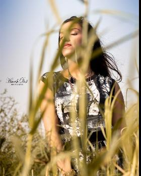 Isha Malhotra portfolio image33