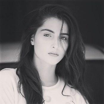 Sara Khan portfolio image14