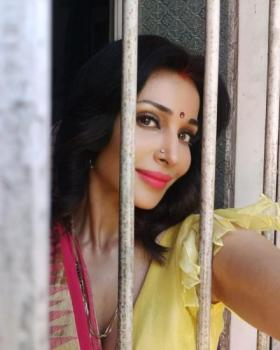 Flora Saini portfolio image5