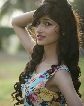 Akansha Negi portfolio image35